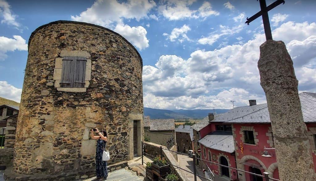 Pueblo Llívia Girona