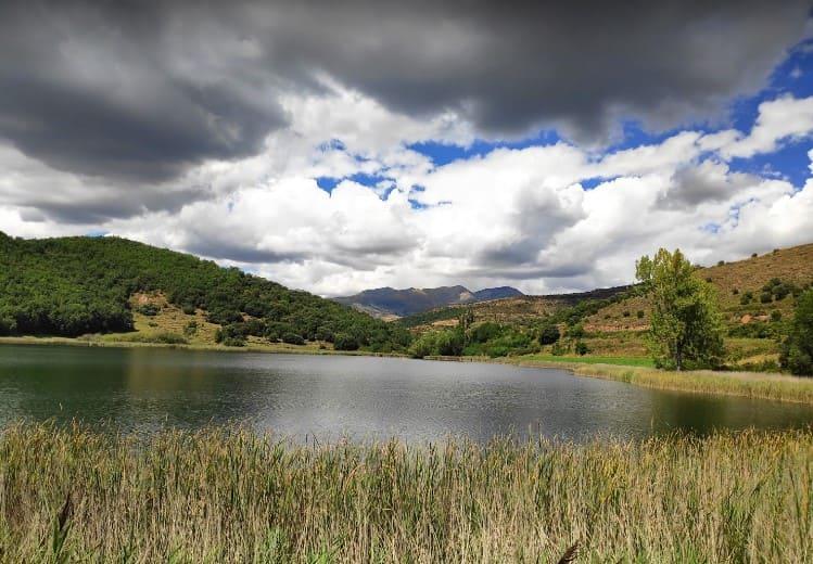 lago de montcortes