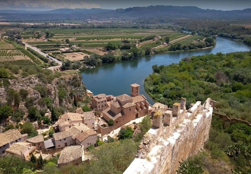 castell de miravet a tarragona